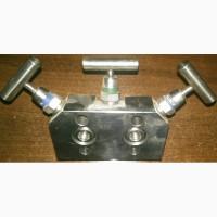 Трех-ходовой вентильный блок