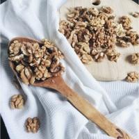 Грецкий орех (1/2) в вакууме