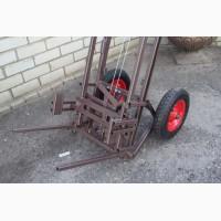 Продам апилифт ( пасечную тележку - подъемник для ульев)