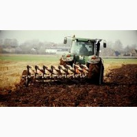 Вспашка и культивация тракторами John Deere