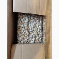 Орехи кешью сырые (Танзания), опт (импортер в Украине)